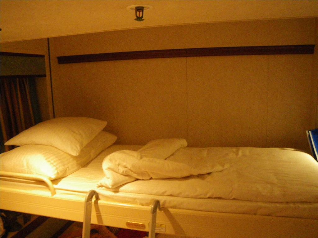 サンプリンセス北海道周遊 4人部屋ベッド